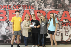 STUCO donates to Gospel Mission